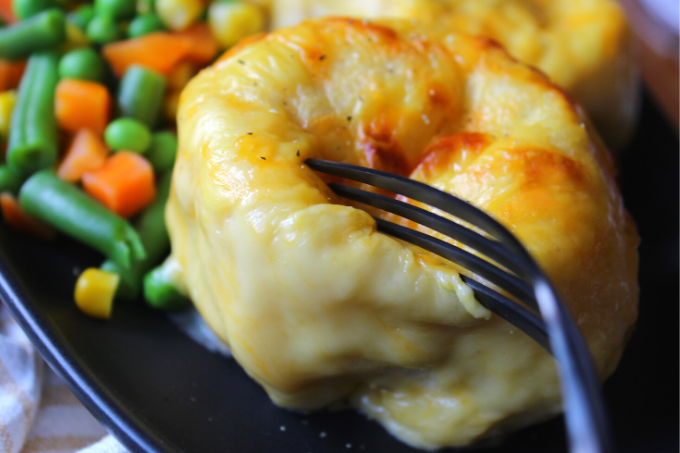 Cheesy Chicken and Biscuit Casserole Cheesy Chicken Crescent Bake Creamy of Chicken Soup Cheddar Cheese Grands Biscuits Simple Easy Dinner Ideas for Family My Farmhouse Table One Pan Meals Kid Friendly My Farmhouse Table