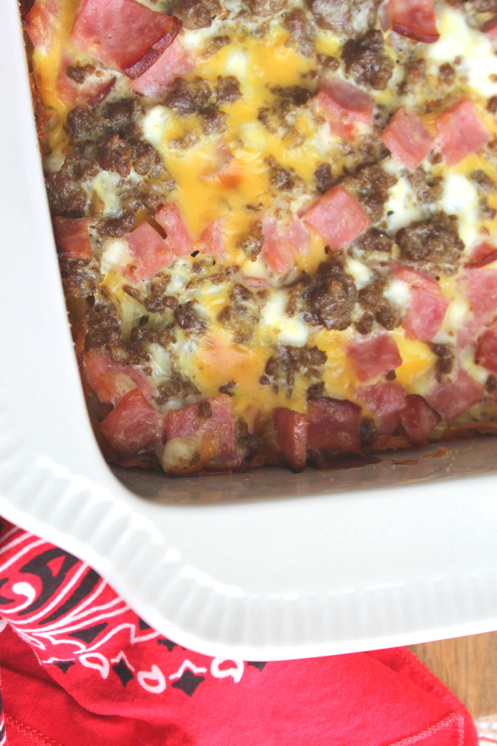 Hash Browns Farmer's Breakfast Casserole Christmas Morning Breakfast Casserole Overnight Breakfast Casserole The Best Recipe Easy and Simple Sausage Ham Eggs Cheese Brunch and Breakfast Ideas My Farmhouse Table