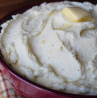 Mom's Make Ahead Mashed Potatoes My Farmhouse Table Thanksgiving Recipe Christmas Recipe Slow Cooker Crockpot Side Dish Recipe