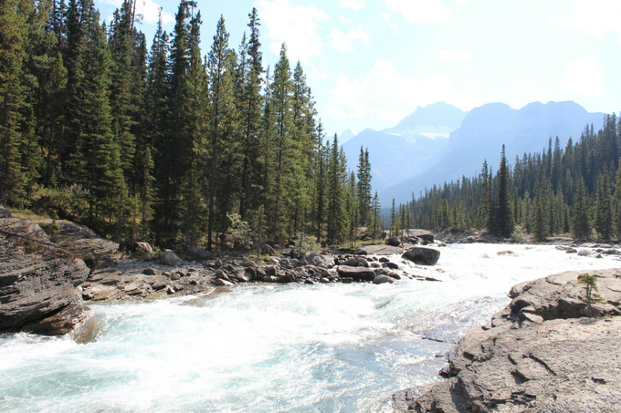 Ultimate Travel Alberta Canada Guide Calgary Foothills Rocky Mountains Jasper Lake Louise Banff Canmore Yoho National Park Icefield Parkway Mistaya Canyon