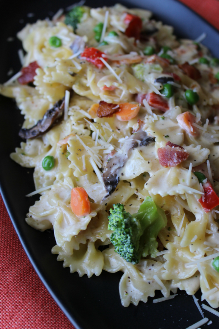 Creamy Pasta Primavera with Bacon One Pot Fresh Vegetables Easy Pasta Recipe Pasta Carbonara Homemade Alfredo Sauce Homemade Pasta Cream Sauce My Farmhouse Table