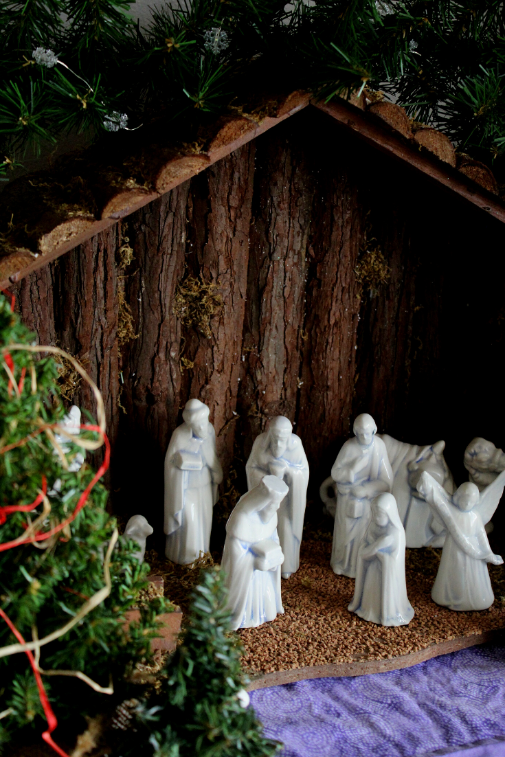 Christmas Nativity Scene Display Rustic Indoor Nativity Scene Ideas for Home and Church Baby Jesus on Display for the Holidays My Farmhouse Table