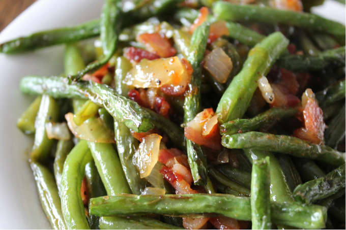 Easy Sweet Chili Sauteed Green Beans with Bacon Easter Recipes Easter Side Dish Holiday Side Dish Thanksgiving Side Dish Christmas Side Dish Potluck Food Healthy and Fresh Sauteed Green Bean Recipe Asian Green Beans Vegetable Side Dish Recipe Green Bean Casserole Substitute